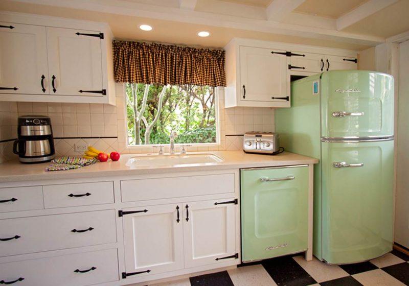 Retro Kühlschrank Blau : Der bosch retro kühlschrank gibt ihrer küche einen charmanten blick