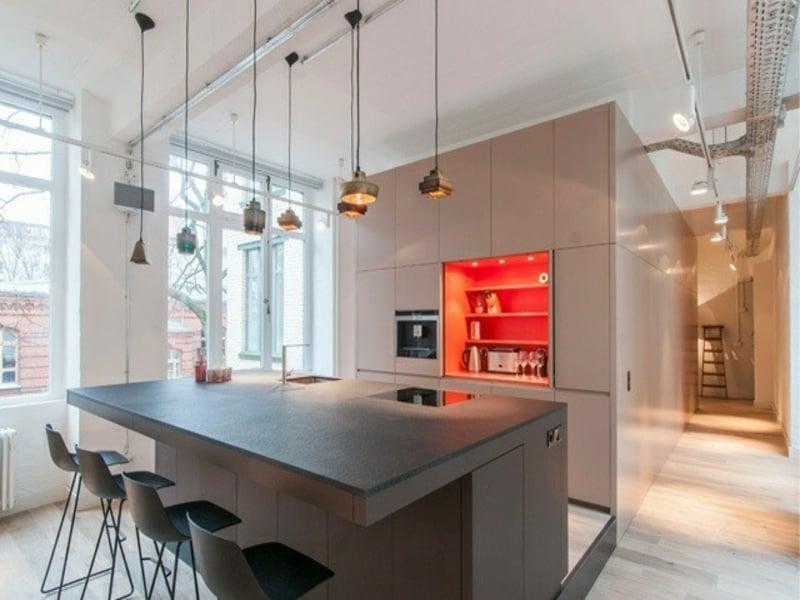 designer hängende lampen über der kücheninsel