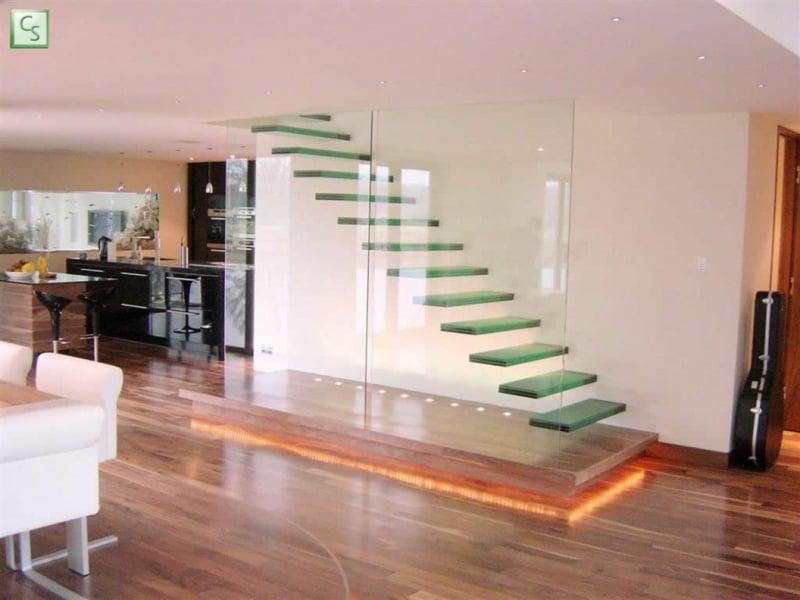 schöne designer glastreppe