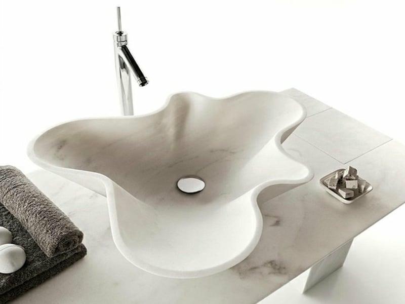designer-waschbecken-muschel-design-marmor-resized