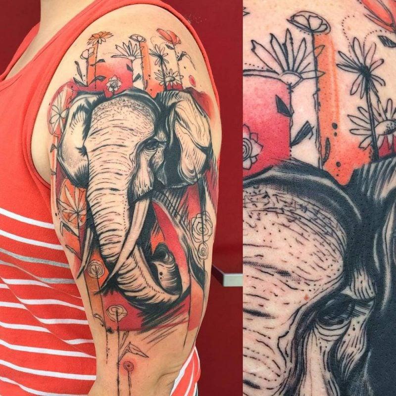 Elefant Tattoo Schulder