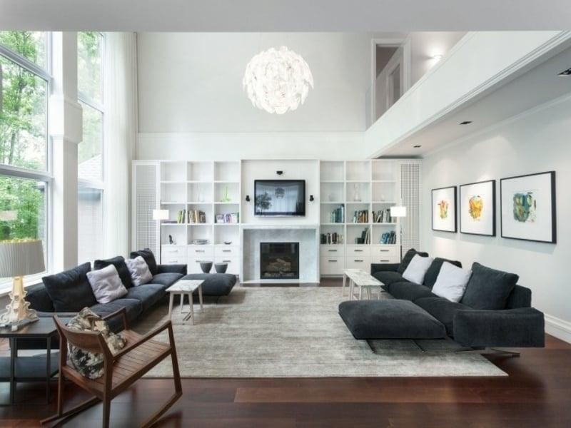 luxuriöser holzboden im feng shui wohnzimmer