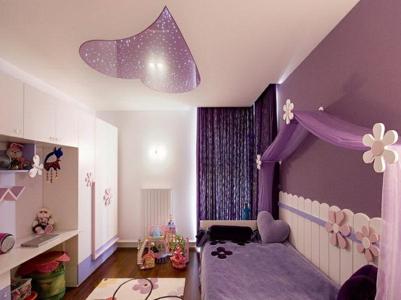 fenstervorhänge in lila fürs kinderschlafzimer