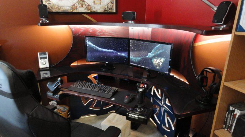 Gaming Schreibtisch Form