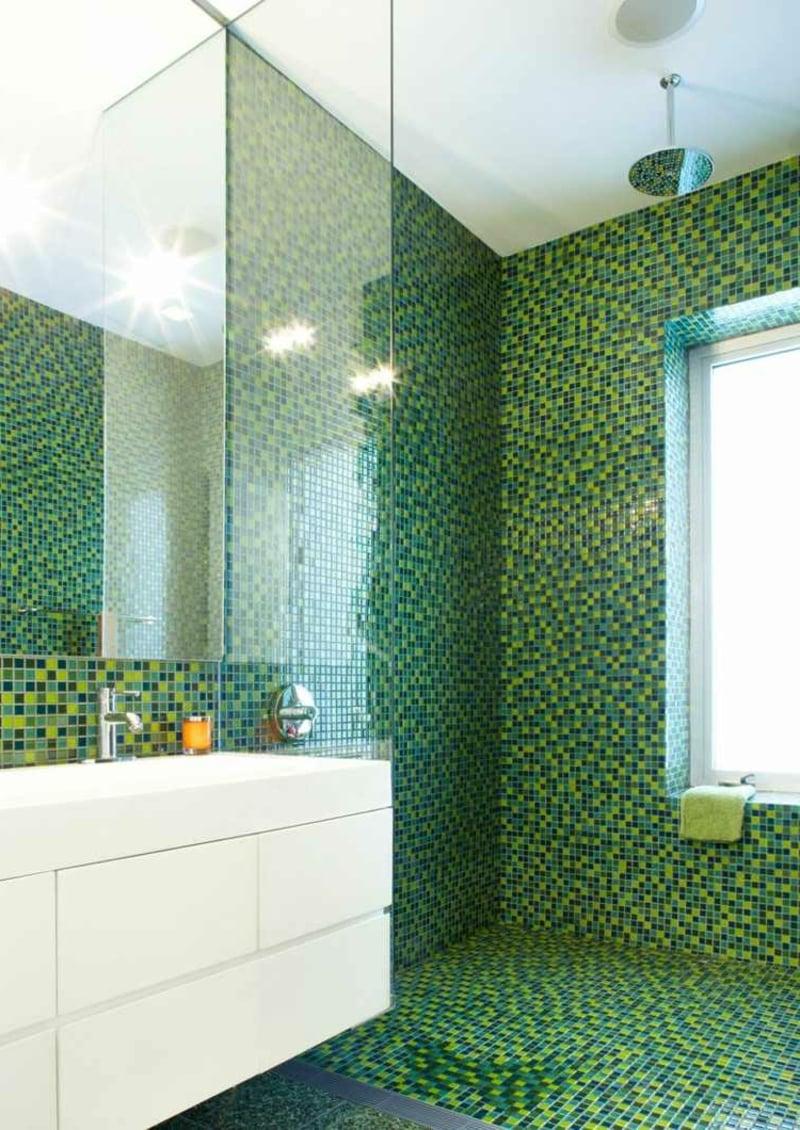 Mosaikfliesen im Grün