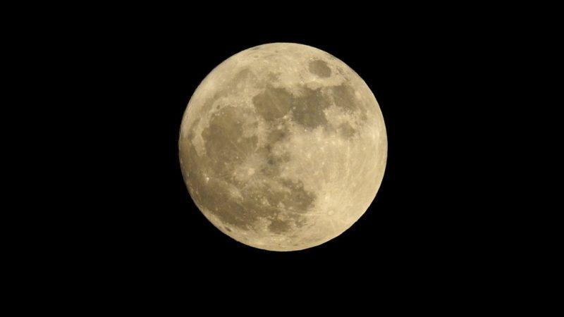 Haarschneiden nach dem Mond Vollmond