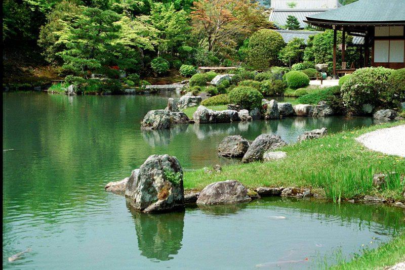 herforragender Steingarten