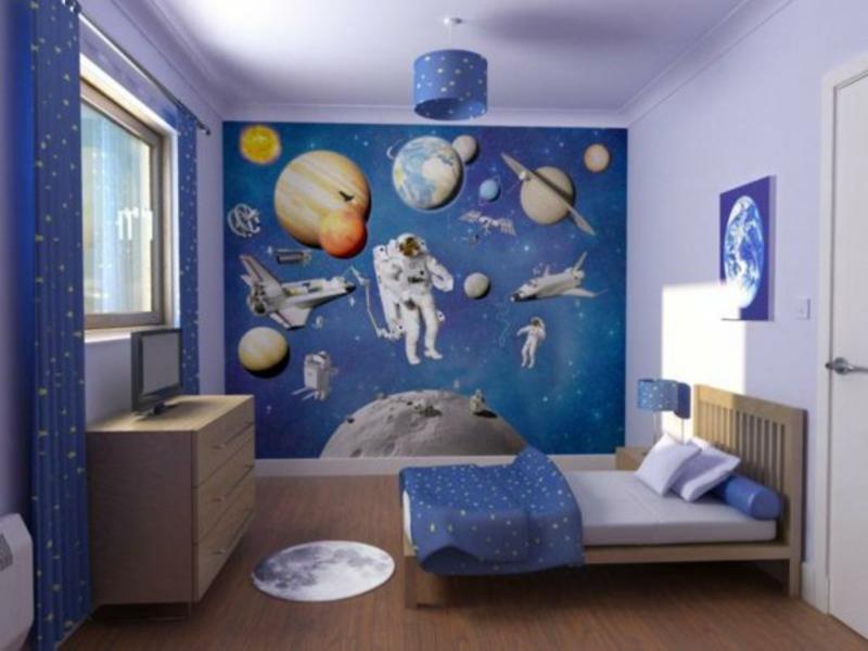blau und lila im jungenzimmer