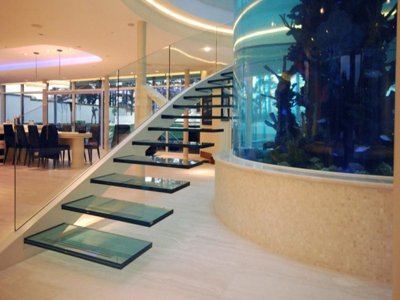 impressive moderne glastreppe