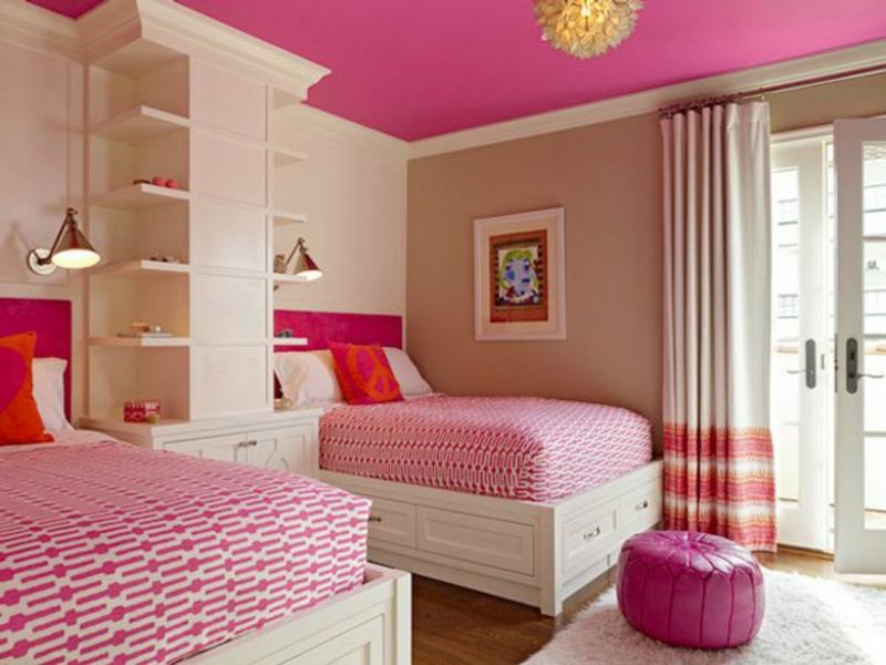 dunkel rosa und beige im kinderzimmer