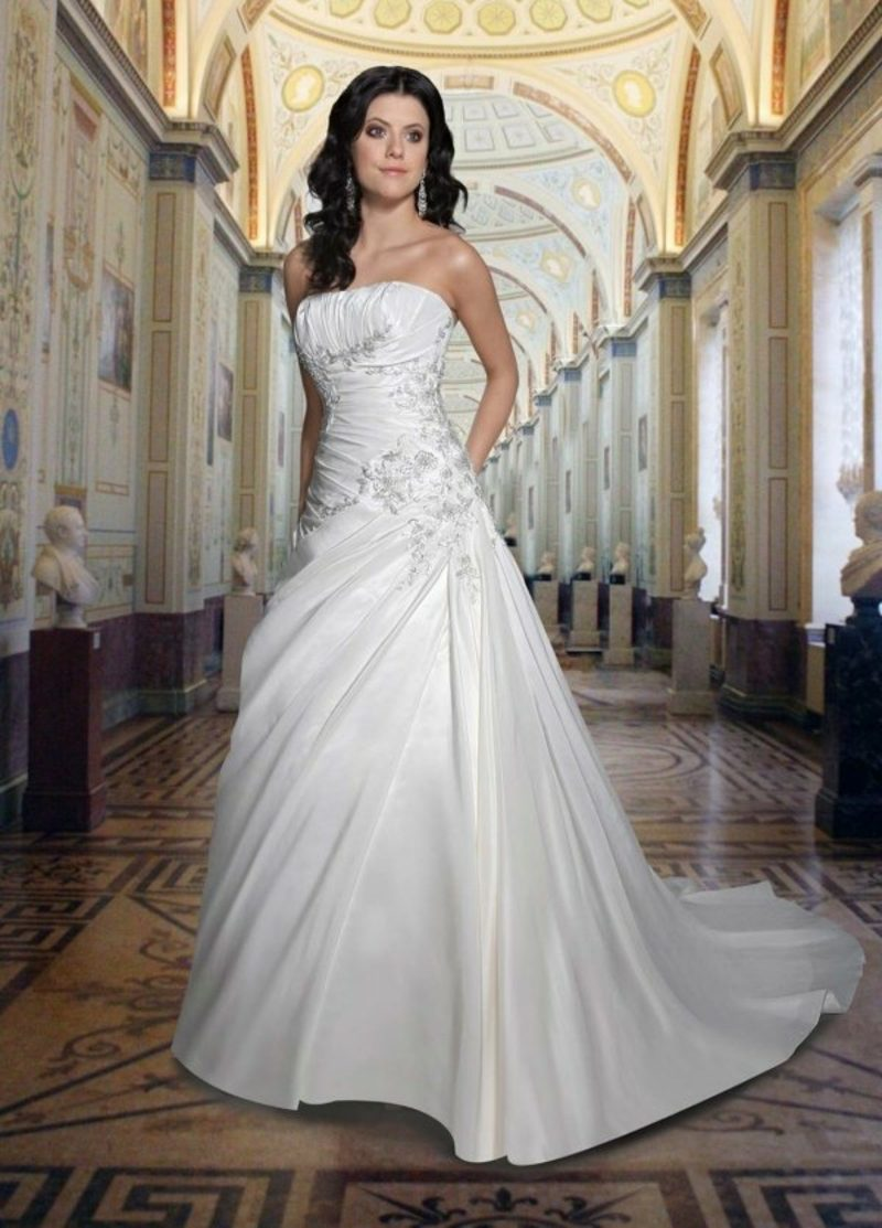 interessantes Hochzeitskleid Brautmode