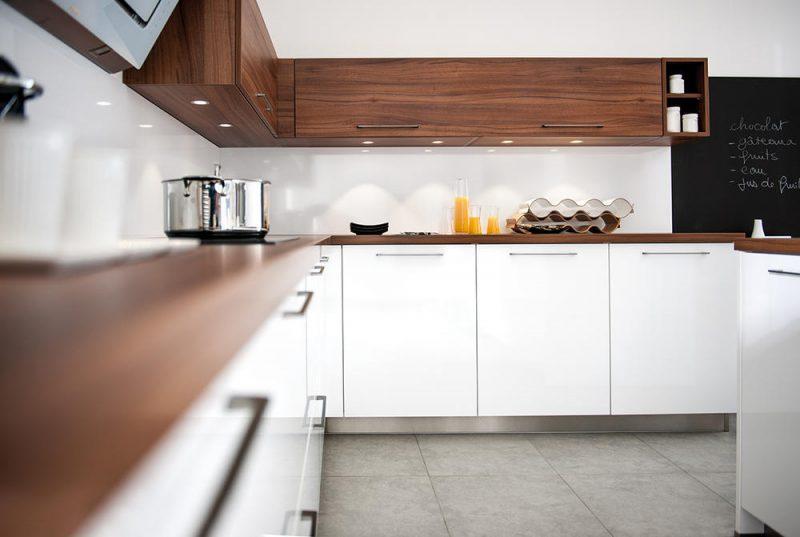Küchenmarken Holz weiss