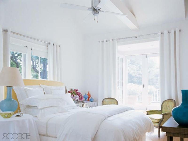 wunderbare weiße luxus bettwäsche