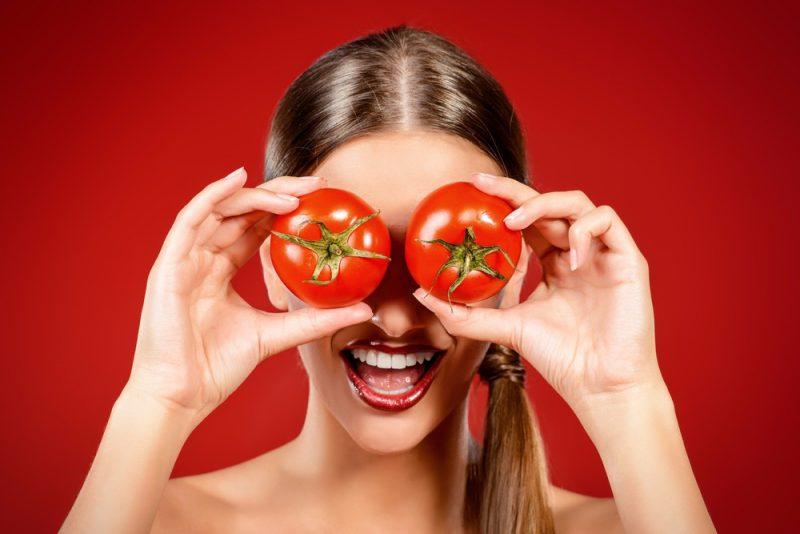 maske gegen pickel tomaten