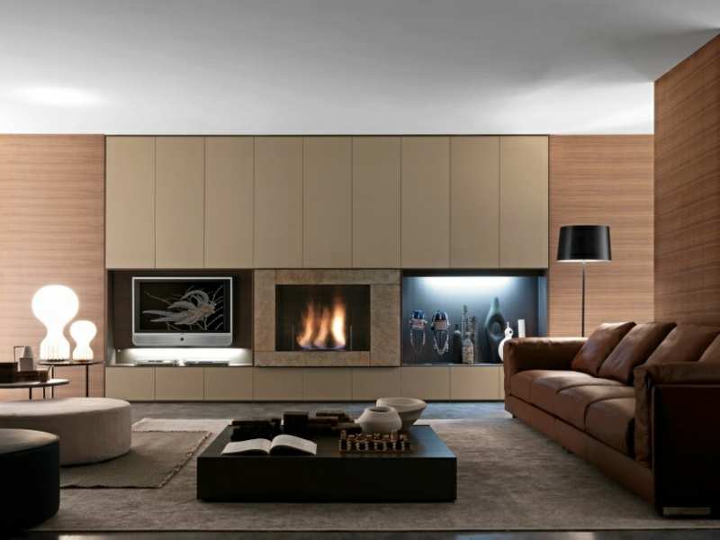 moderne kamine im wohnzimmer an der wand