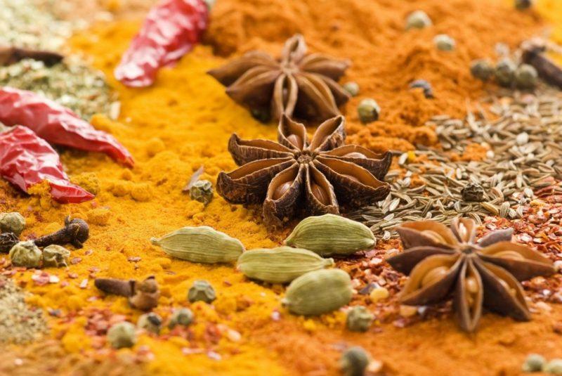 natürliche antibiotika curry spices