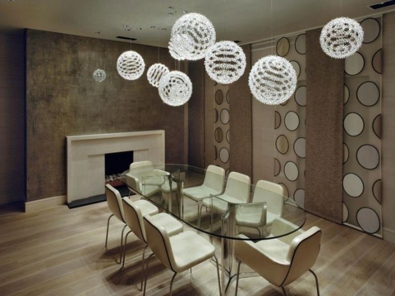 weiße kugelförmige esszimmerlampen