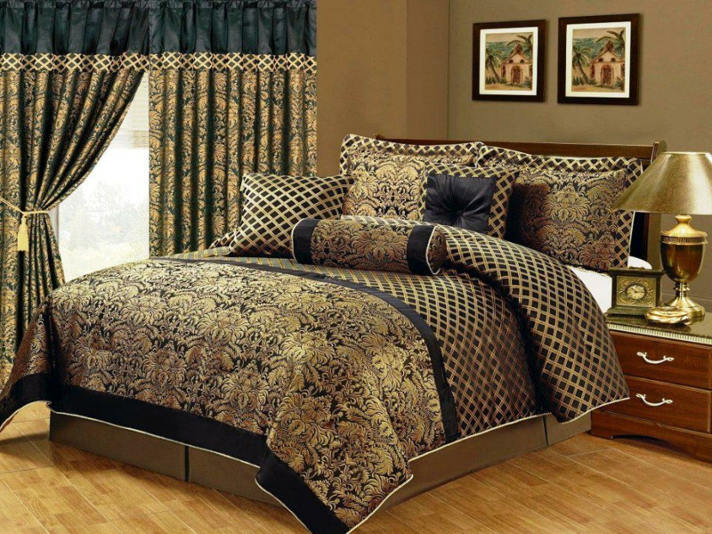 schöne prächtige luxus bettwäsche