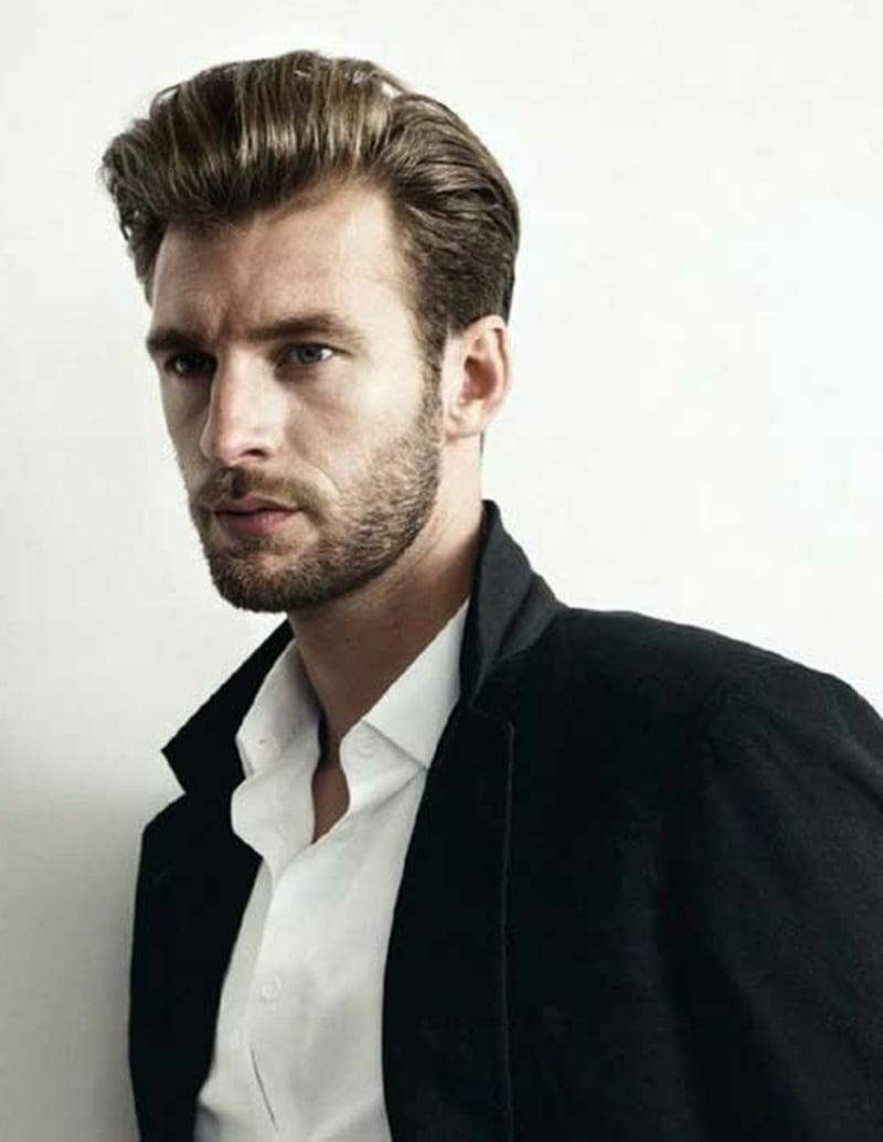 rockabilly-frisuren-männer-Modern Blonde Rockabilly Haircut for Men