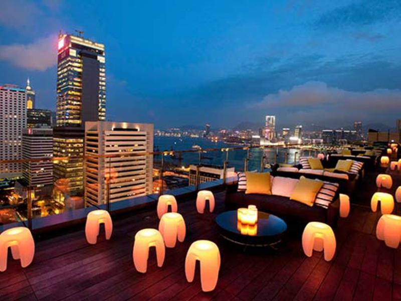 romantische-ideen-Rooftop dinner Flirty-Rooftop-Bars-Hong-Kong-Sevva_tcm2046-851246