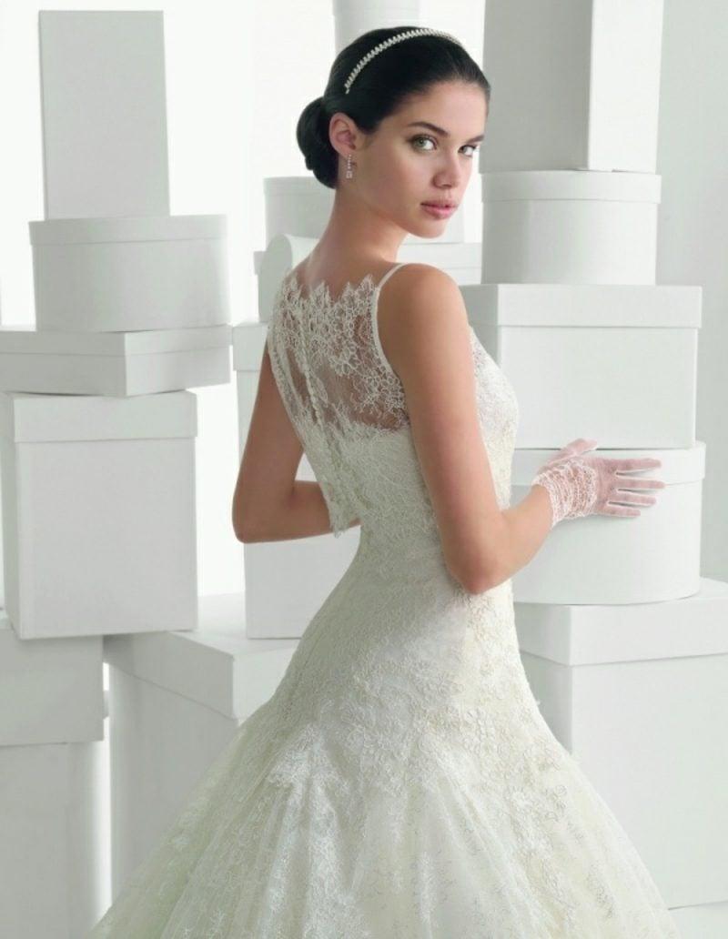 Akzent im Rücken originelles Brautkleid