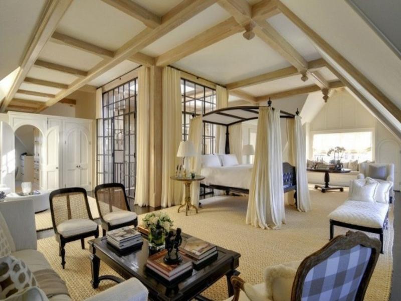 Großes Himmelbett Im Luxus Schlafzimmer