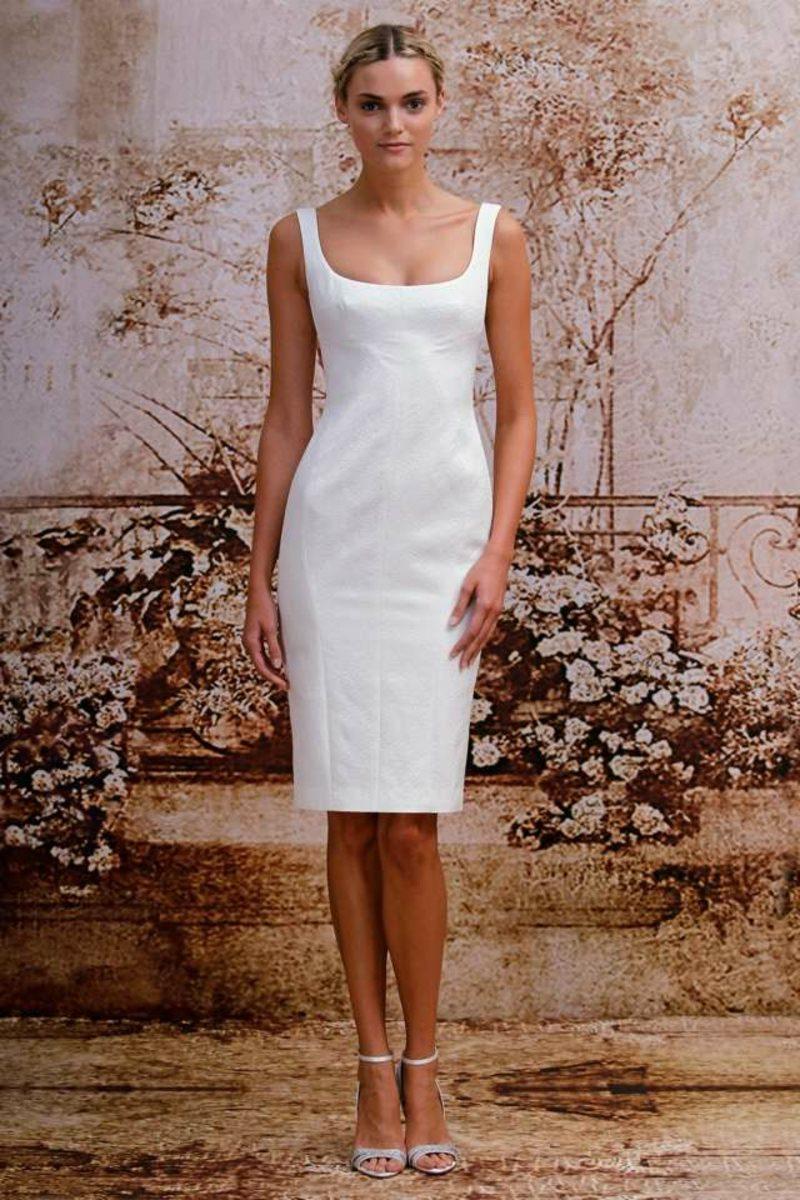 kurzes Brautkleid schlichtes Modell