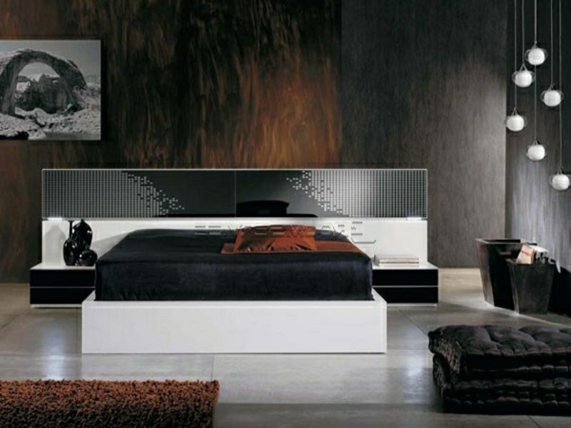 sehr luxuriöses schlaftimmer in weiß und schwarz