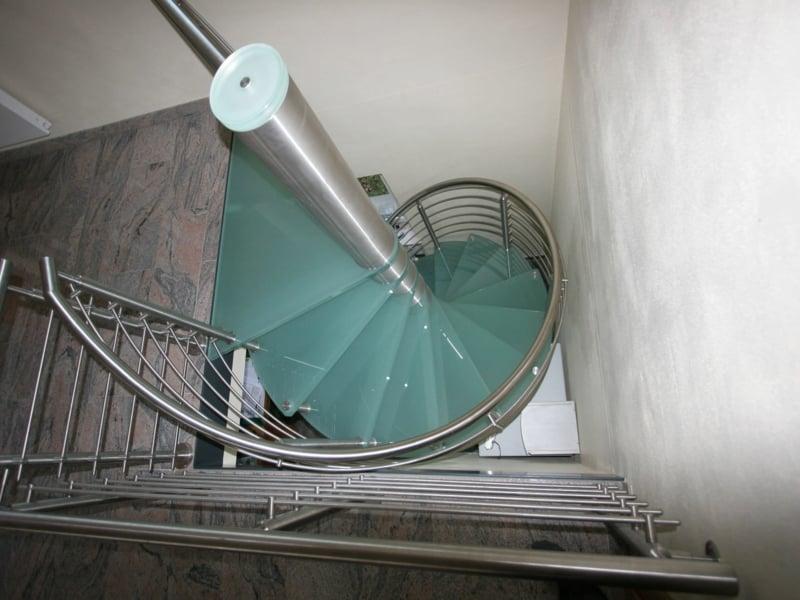 matte moderne treppen aus glas