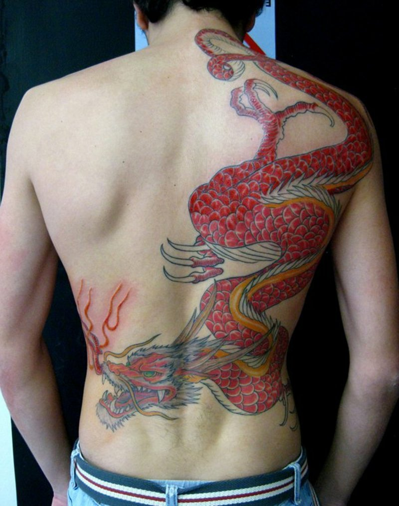 tattoo-drache-9-Dragon_Tattoo_by-Micael-Tattoo-Faccio