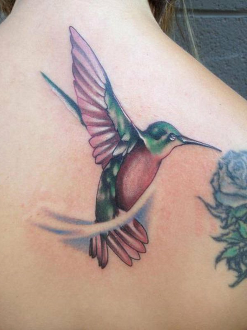 tattoo-kolibri-34-Colored-Hummingbird-Tattoos-resized