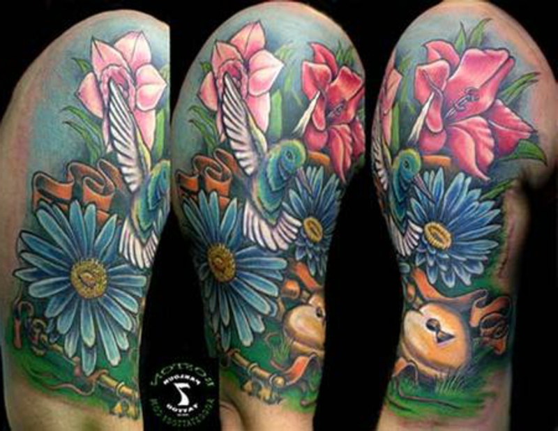 tattoo-kolibri-BostonR_Hummingbird_and_flowers