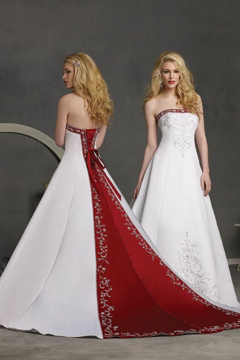 untraditionelles Brautkleid im Rot und Weiss