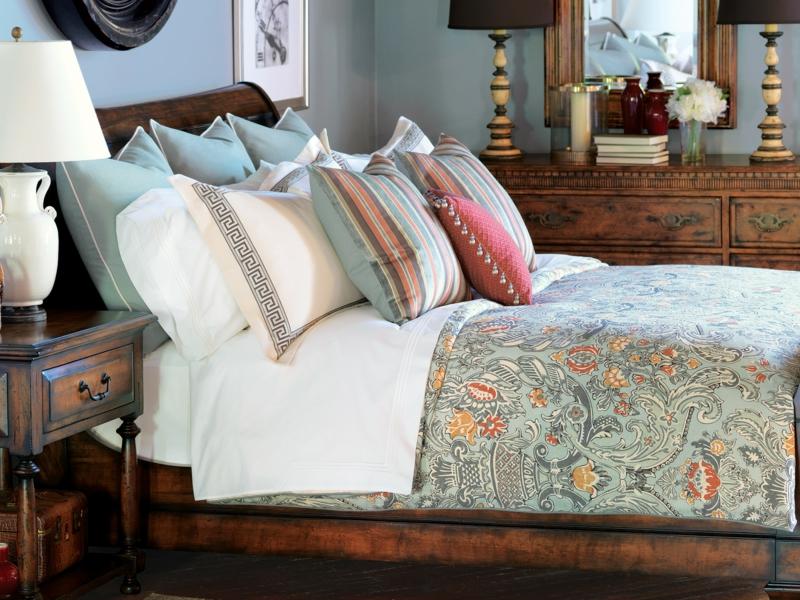 50 beispiele f r luxus bettw sche innendesign. Black Bedroom Furniture Sets. Home Design Ideas