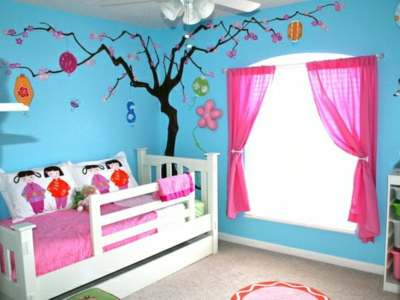 blaue farbgestaltung im kinderzimmer