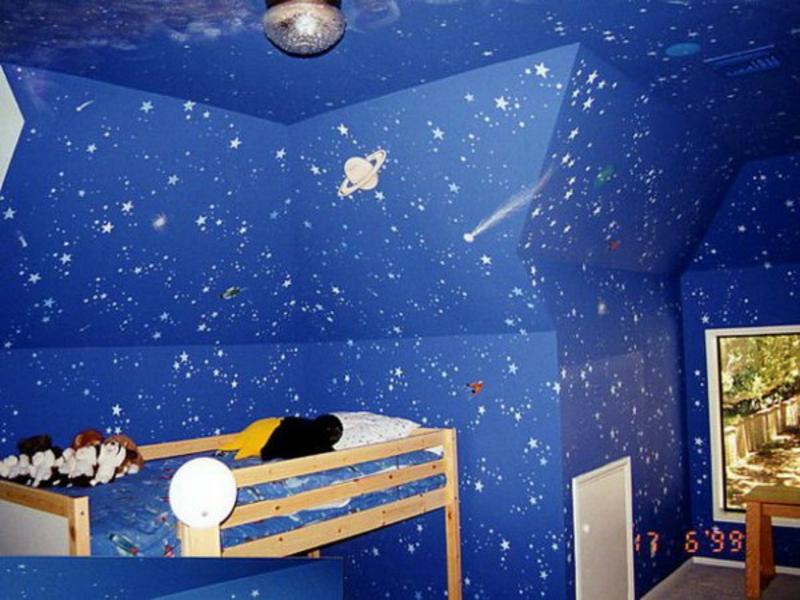 blaue wandbemalung im kinderyimmer7
