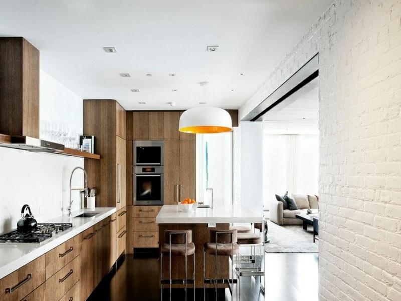 wanddesign mit weißen ziegeln in der modernen küche