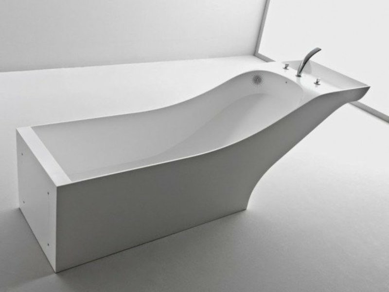 modernes weißes porzellanwaschbecken