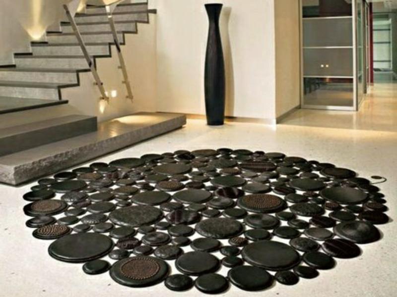rundes wohnzimerteppich in schwarz