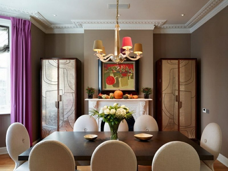 designer lila fenstervorhänge im wohn- und esszimmer