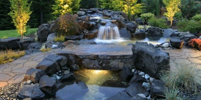 Bachlauf mit Wasserfall Naturlook