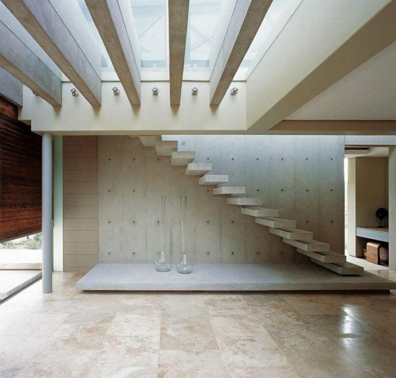 freitragende Treppe aus Beton