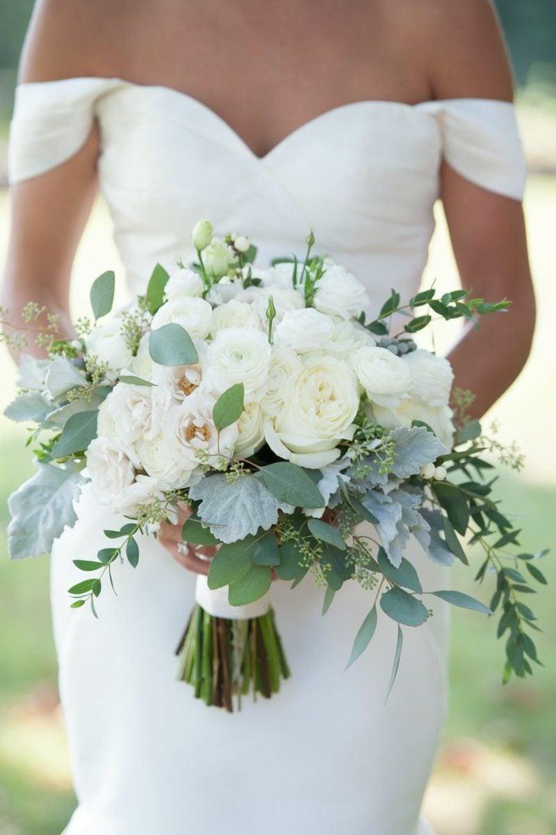 Blumengestecke-Hochzeit-49d2cfb562309d54db7a2a1a99580c6e-800x1201.jpg