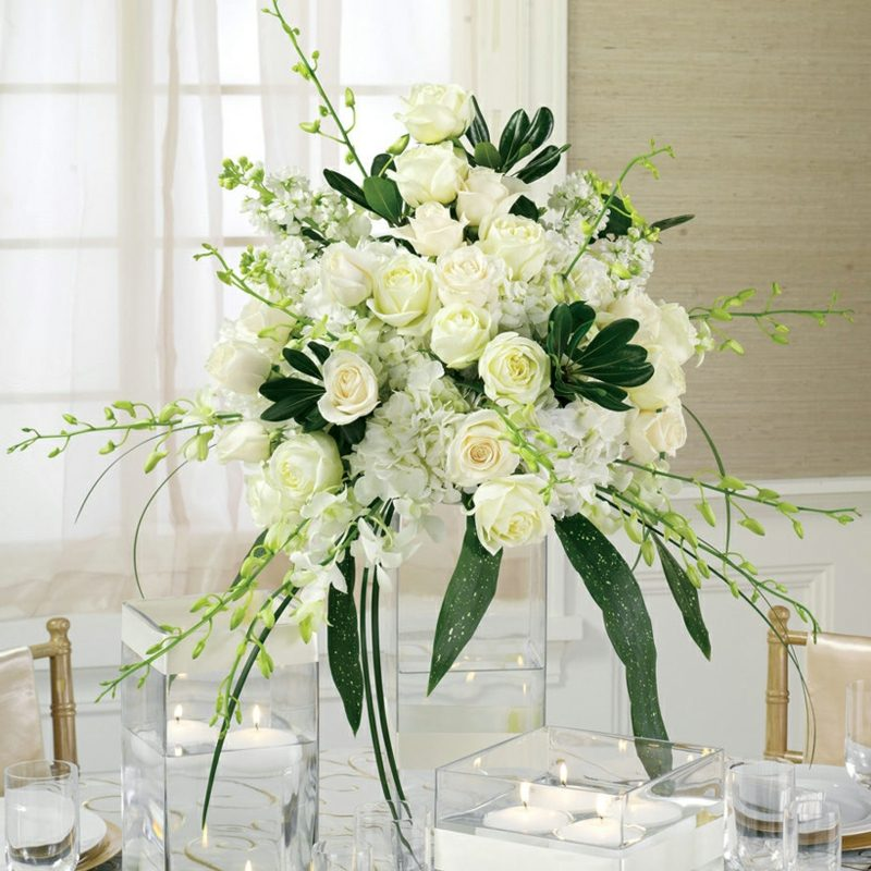 Blumengestecke-Hochzeit-Gorgeous-White-Flower-Arrangements-for-Wedding ...