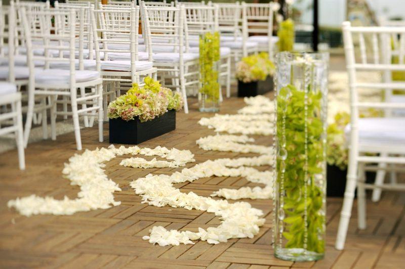 Blumengestecke für Hochzeit Strand
