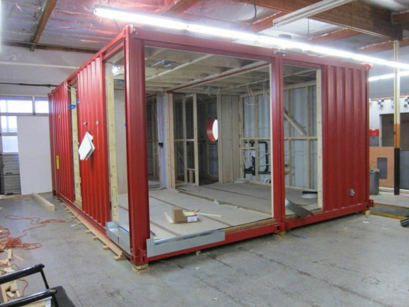 rotes Container Haus