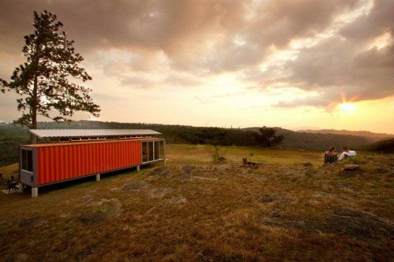 herrliches Container Haus im Wald