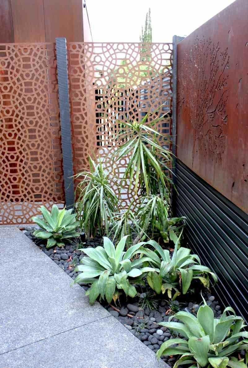Sichtschutz im Gartenbereich Cortenstahl