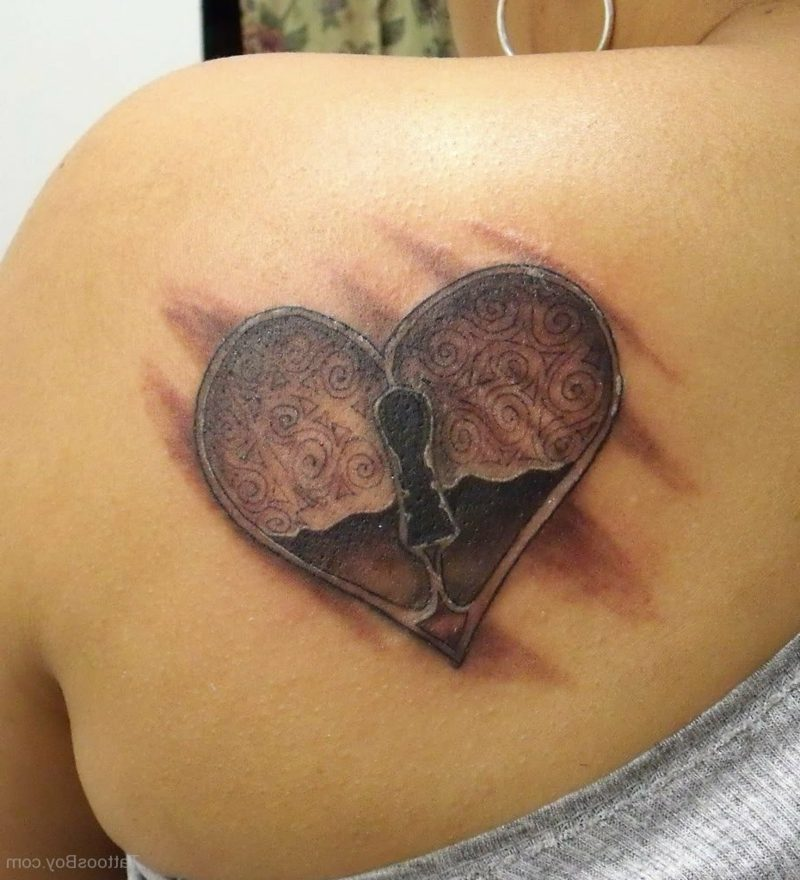Herz Tattoo Locked Heart Tattoo On Back