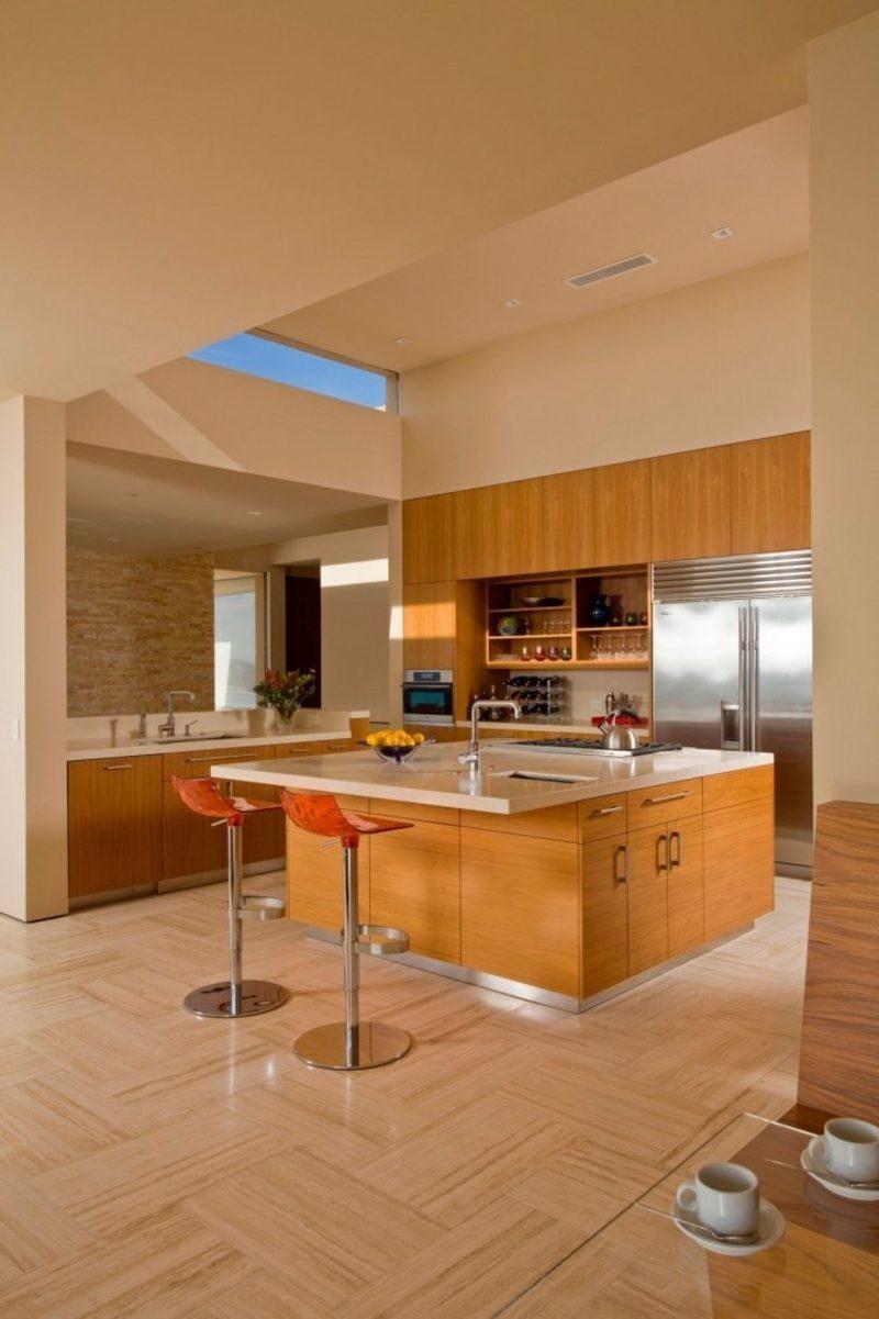Küche Travertin Fliesen als Bodenbelag